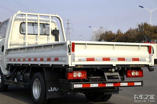 恺达国际版搭载68马力的全柴机这款微卡竟然能够合规拉2吨!