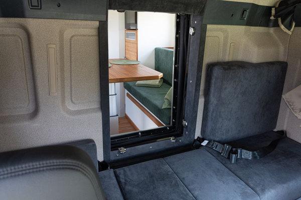 单价超1000万的房车?曼恩全地形房车详解移动的两室一厅