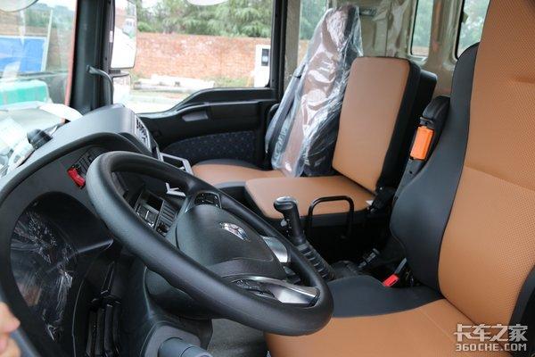 240马力匹配6米8货厢还是高顶双卧报价17.5万的汕德卡G5咋样