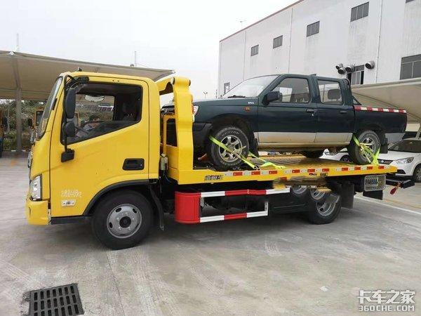 走近救援拖车驾驶员的生活谨慎细致是前提