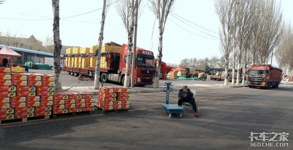 运价低?国六少?采访卡车集散地揭开卡友圈两大谜题!