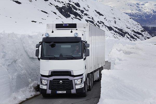 外观、内饰升级!雷诺卡车将于4月底推出新款重卡谍照速看