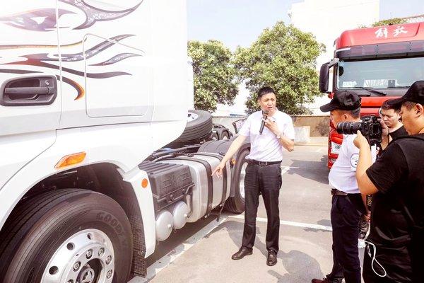 15年驾驶经历卡车司机王洪禹的养车经