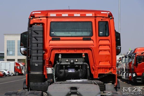 国六440马力自动大灯全车威伯科阀裸车30万出头豪沃TX挺划算
