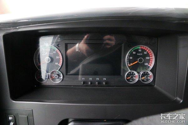 每公里耗电低至1.5度三一电动自卸实拍