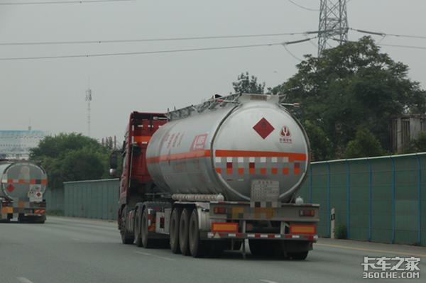 清明时节雨纷纷各地高速货车限行一览