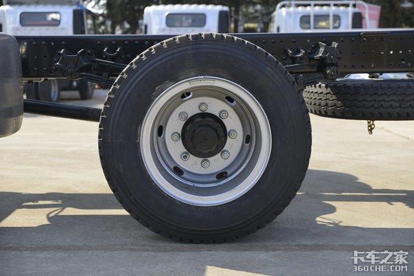 搭载190马力福康F4.5国六机5米2欧马可S3图解