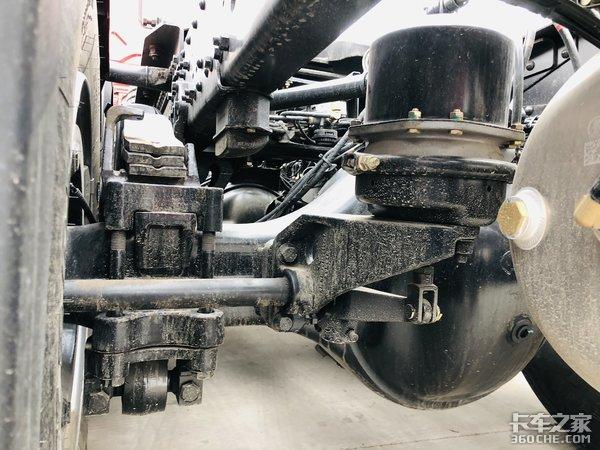 黄金动力链配采埃孚AMT变速器――陕汽德龙X5000表现不俗