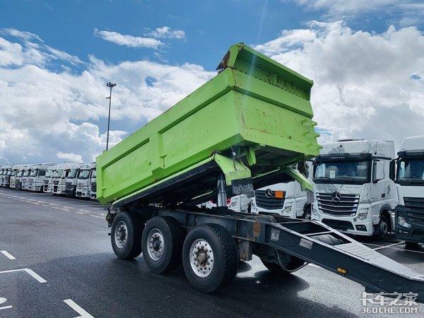 2009年服役的德国MANTGX中置轴自卸车配置如此豪横
