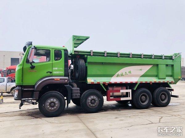 专注渣土运输作业――中国重汽豪瀚N7W势如破竹