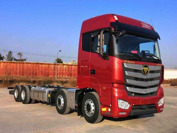 8x4载货车竟配580马力发动机欧曼新车亮相工信部
