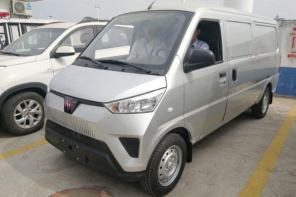 五菱神車出口日本 快遞企業購入7200輛