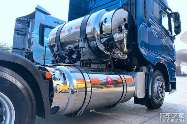 """多家500马力以上LNG车型上公告LNG动力还会是""""没劲""""的代名词吗"""