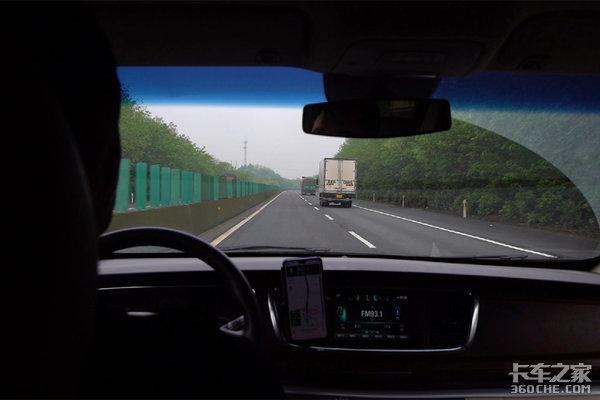 跟车纪实这款号称最美长头的江淮跨越V7真实表现如何?