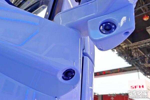 L4级无人驾驶纯电杰狮H6亮相上海车展