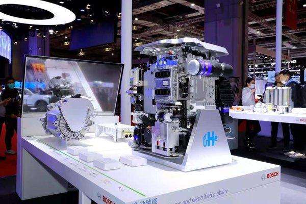 国六、AMT、新能源、自动驾驶等上海车展凸显商用车行业发展趋势