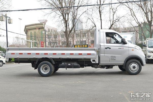 载重能力不输轻卡!祥菱V3合规装载近1.7吨配3.7米货厢