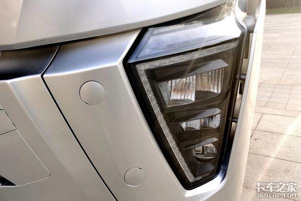 2021年4月份新车重卡盘点高端?性价比?燃气车柴油车全覆盖
