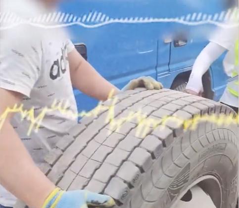 高速救援啥没干索要600?网曝泥头车高速爆胎救援被坑市监局介入