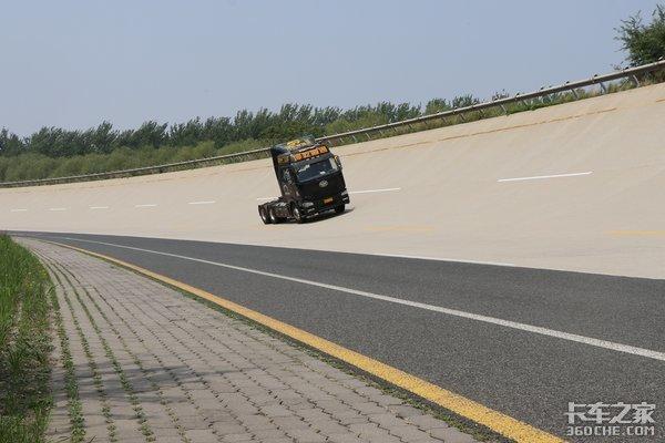365万公里同行开乾坤大道解放J6回家了之车辆检查
