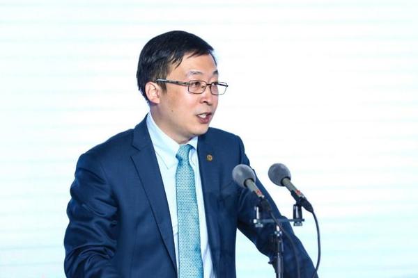 四大银行提供51.69亿贷款福田戴姆勒汽车梅赛德斯奔驰重卡国产化加速