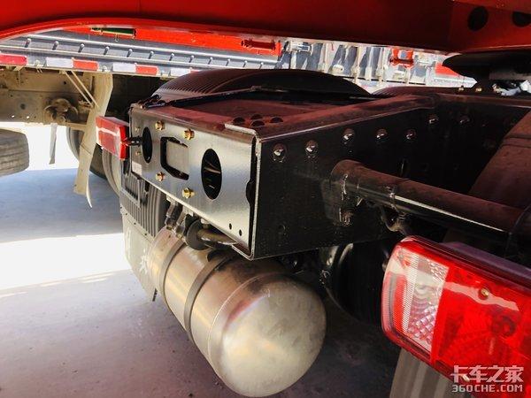 480马力的青汽解放JH6究竟如何,还搭载13L发动机