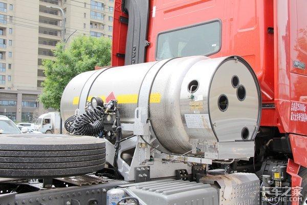 标载下气耗30公斤/百公里用豪沃TH7在西北跑快递月入近两万