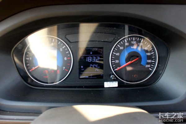 宜商宜家一车多用东风小康新卡C72双排座很实用