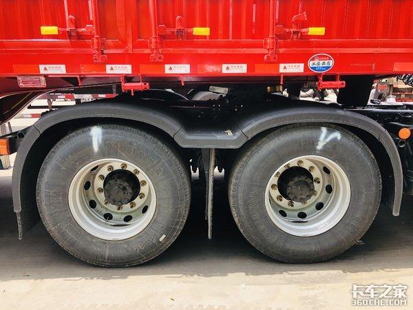 专注煤炭运输悍V2.0牵引车自重仅7.5吨