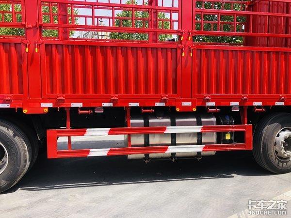 绿通运输新秀车型陕汽德龙新M3000S轻量化版