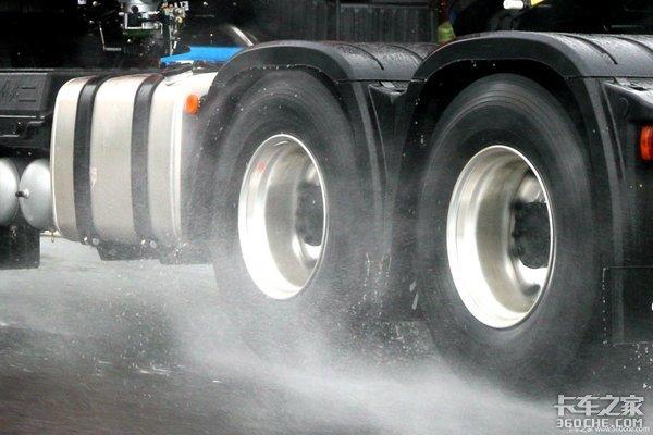 夏季开车如何更安全?轮胎保养这8个细节得注意