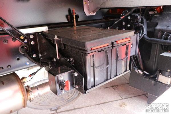 冷链运输选它就对了4×2配7米8冷厢的格尔发A5X咋样