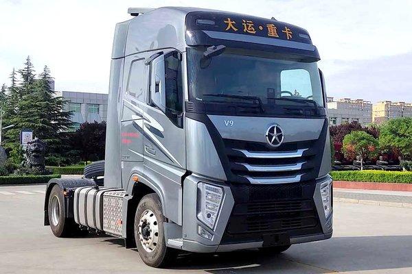 仅7.2吨超级轻量化搭载国六福康X12动力的大运V9来了