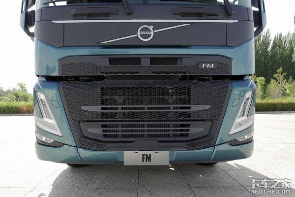内外全新改款500马力满足国六快递用车新选择沃尔沃新FM上市