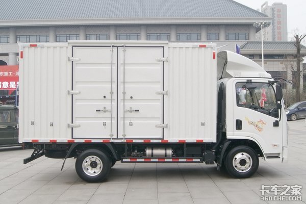 城镇配送想开AMT载货车盘点4款国六蓝牌轻卡有你的菜吗