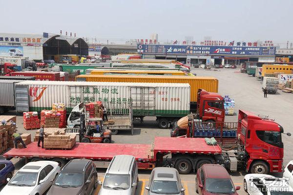 公路运价小幅回升1-4月物流数据公布同比增长34.3%