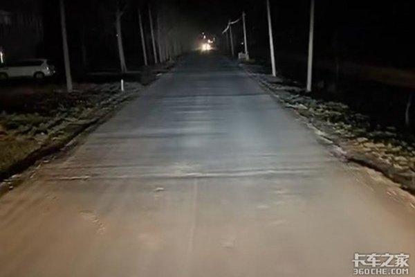 """公路上的""""毒瘤""""车匪路霸如何才能根治卡友:这真的是防不胜防"""