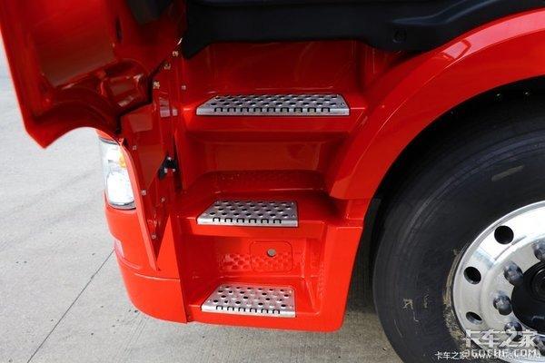 搭载1000升气瓶联合卡车U+460LNG版来报道