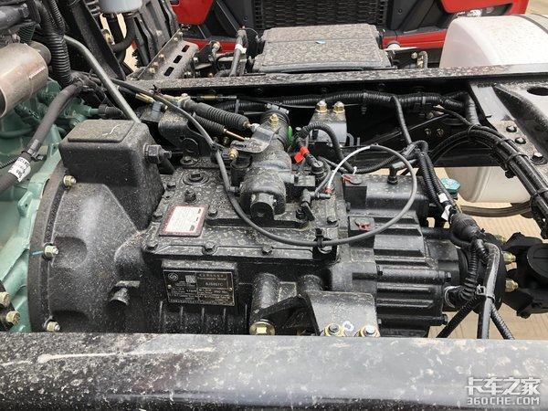 搭载220马力大柴机解放青汽JK6能否堪称绿通运输必选车型
