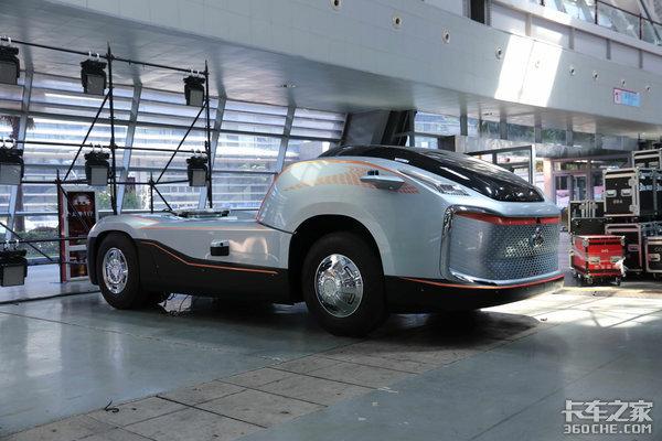 房车无人驾驶齐亮相乘龙6.7品牌日展车亮点有点多