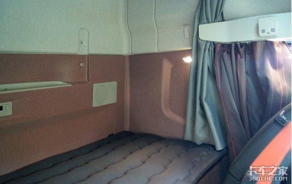 沃尔沃FH16舒适性升级带专属软质地毯、卧铺宽度超一米