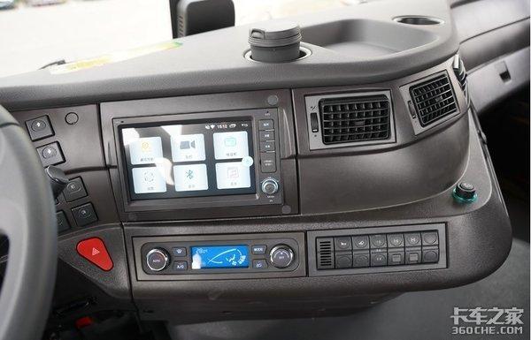 想买辆8X4载货车来跑绿通看看这台超高性价比的红岩杰狮C500
