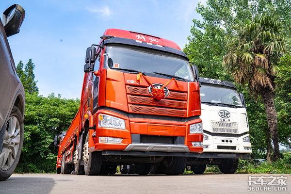 420马力8x4驱动解读J6P质惠版绿通载货车