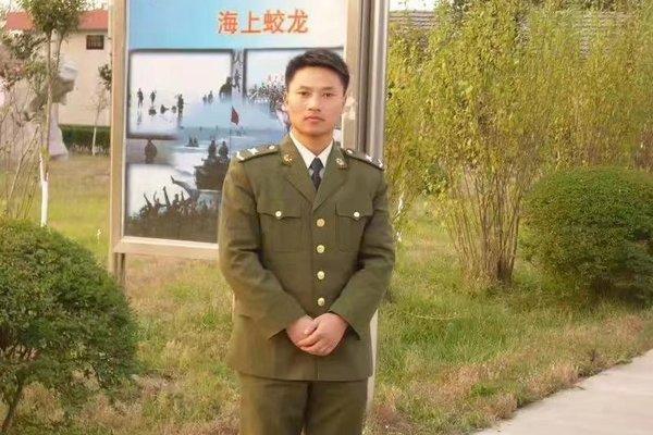 高光时刻卡友龙兵受邀出席庆祝中国共产党成立100周年新闻发布会