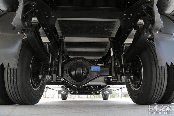 吉利星智轻卡18.48万起首发上市旋钮换挡、预警辅助超前设计?