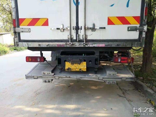 《卡车小百科》你了解的多功能液压尾板居然还有这些门道