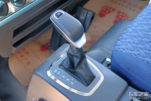 AMT配减震座椅合规蓝牌国六轻卡15万级选盛图轻卡跑城配如何