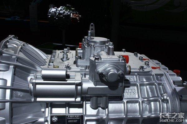法士特的中轻型AT和AMT变速箱很多中卡和轻卡也有AMT!