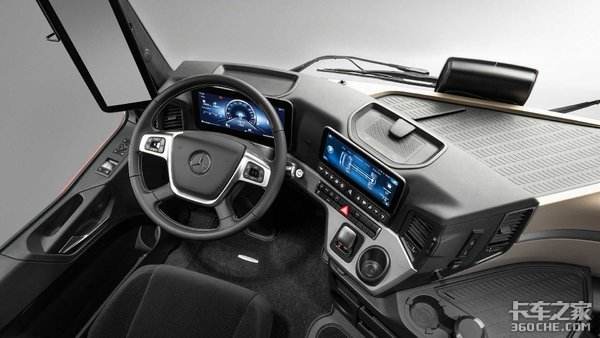 舒适安全再升级奔驰发布全新ACTROS-L