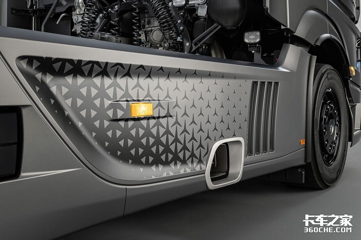 不仅是奢华还有625马力!奔驰ActorsL顶配详解奔驰卡车中的S级